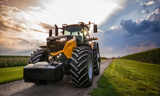 challenger-1000-series-hhp-tractor-feature-product-image_550x330